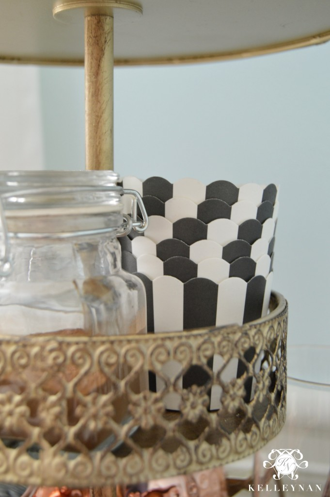 Black and white paper cups on hot chocolate bar