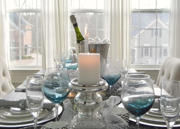 Creating a New Year's Eve Table