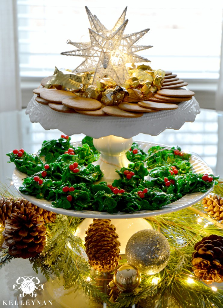 Holly Cookie Display 3