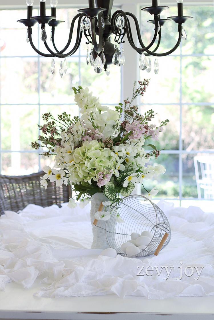 White-vase-challenge-Zevy-Joy