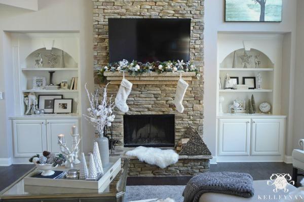 Christmas-Living-Room-10