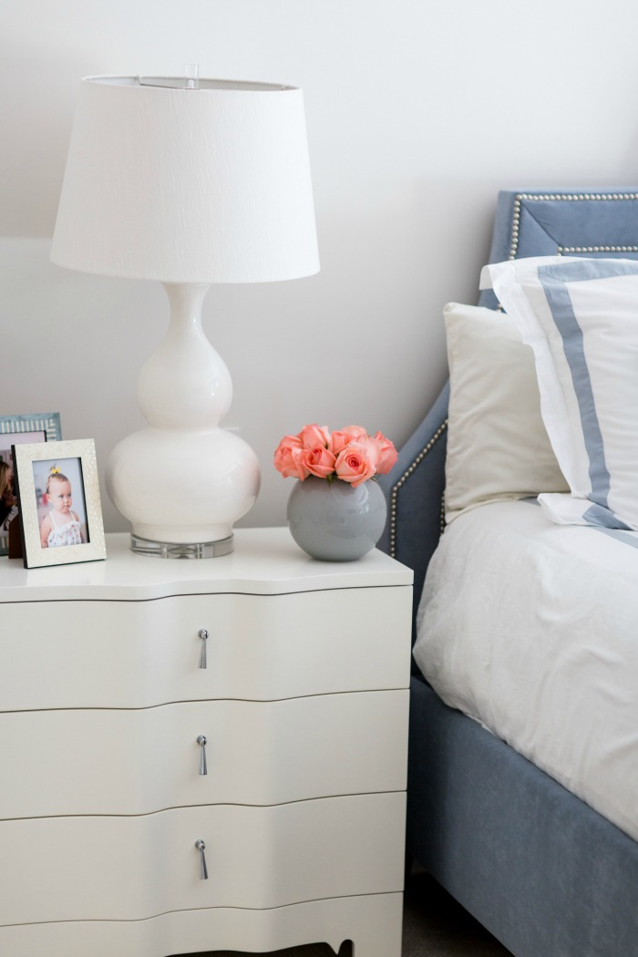 NIghtstand decor with roses
