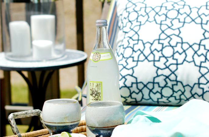 Backyard Patio Party and an Easy Summer Crowd Pleaser