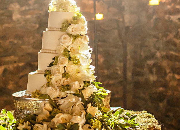 Decorating Tips for a Night-Time Fall Wedding