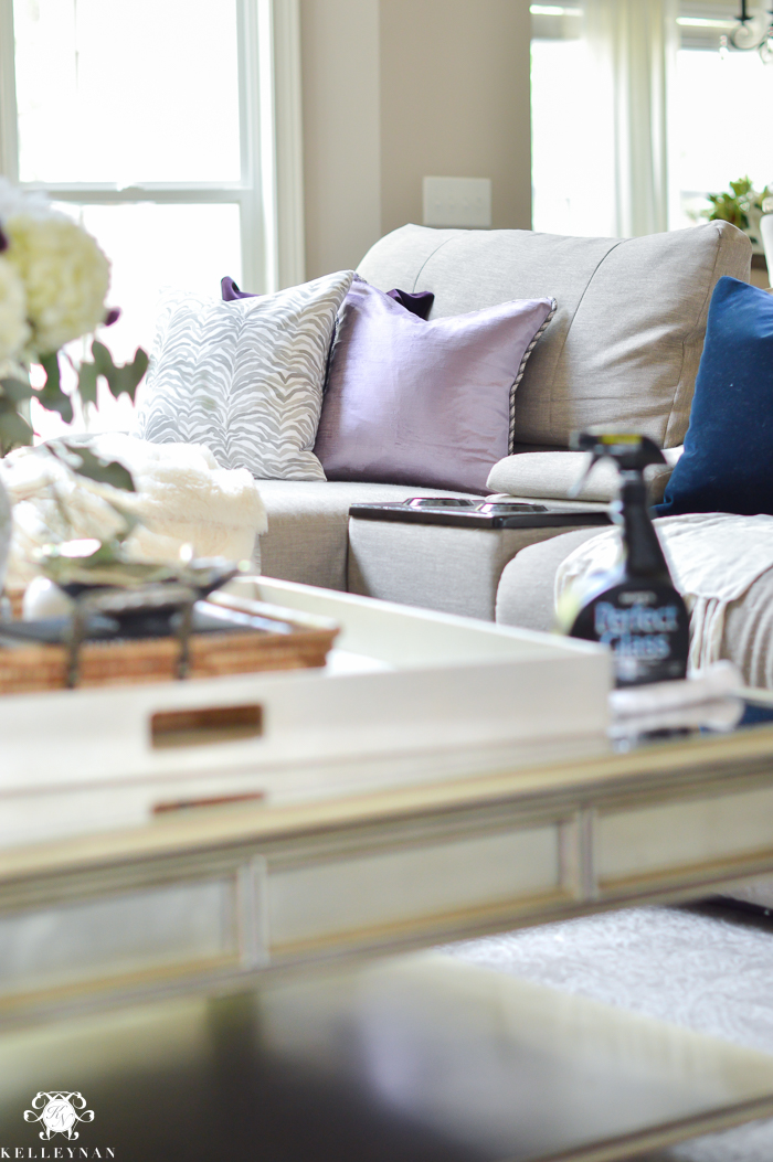 living-room-cleaning-routine
