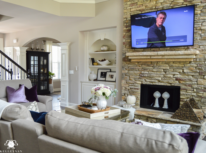 living-room-with-the-oc