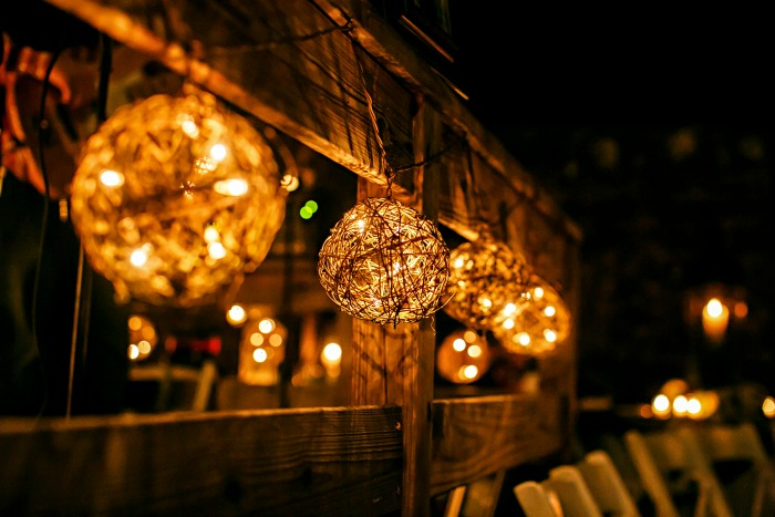 reception-twinkle-lights