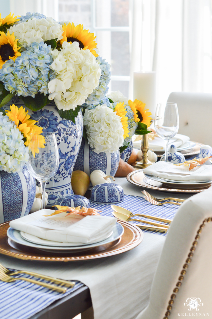 blue-and-white-thanksgiving-table-idea-with-sunflowers-and-hydrangeas-1-of-21