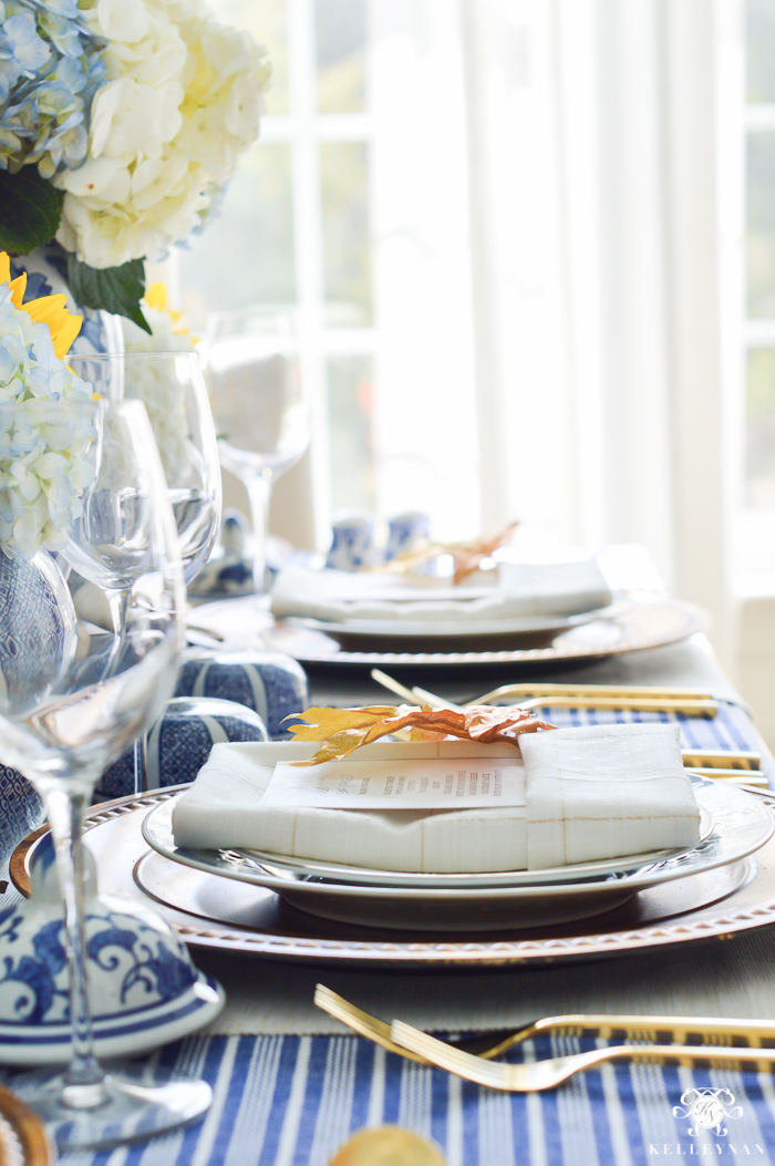 blue-and-white-thanksgiving-table-idea-with-sunflowers-and-hydrangeas-2-of-21