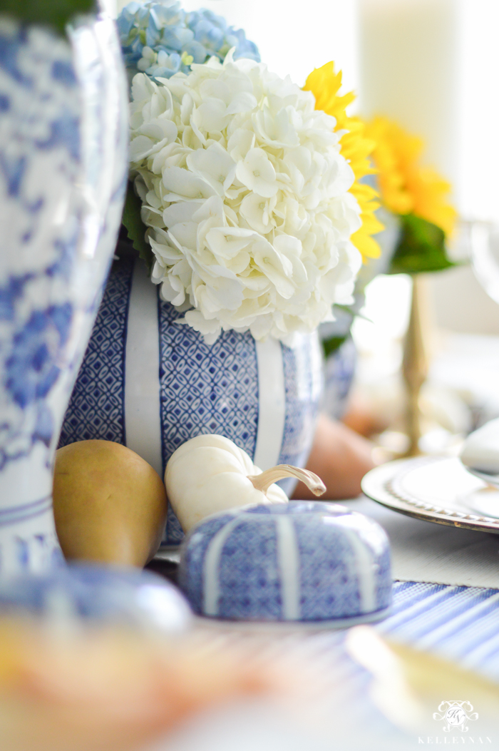 blue-and-white-thanksgiving-table-idea-with-sunflowers-and-hydrangeas-7-of-21