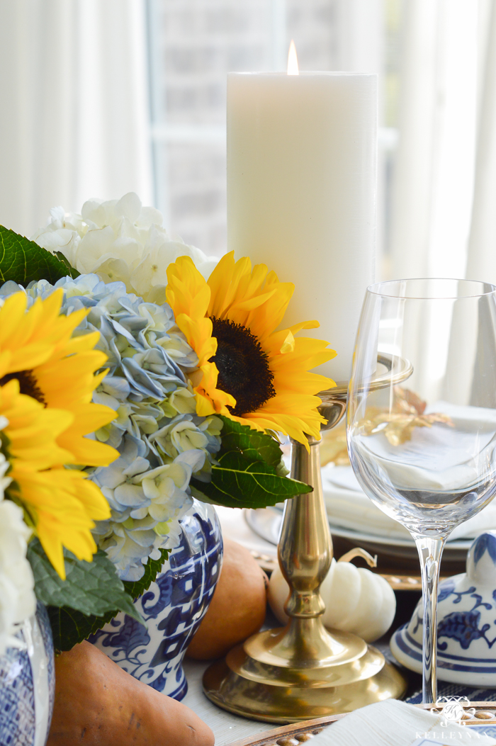 blue-and-white-thanksgiving-table-idea-with-sunflowers-and-hydrangeas-8-of-21