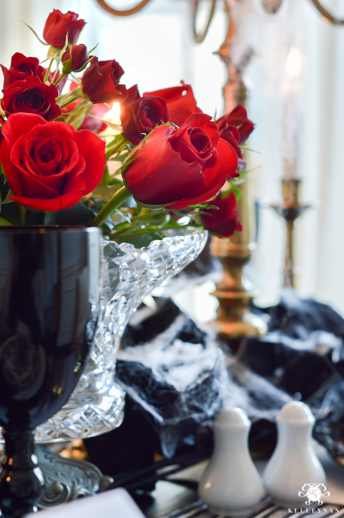 gothic-dinner-party-for-halloween-23-of-30
