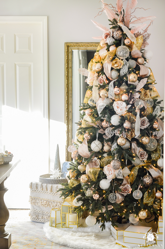 white and gold christmas tree