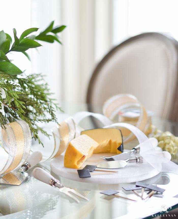 cheese-basket-christmas-gift-1-of-1