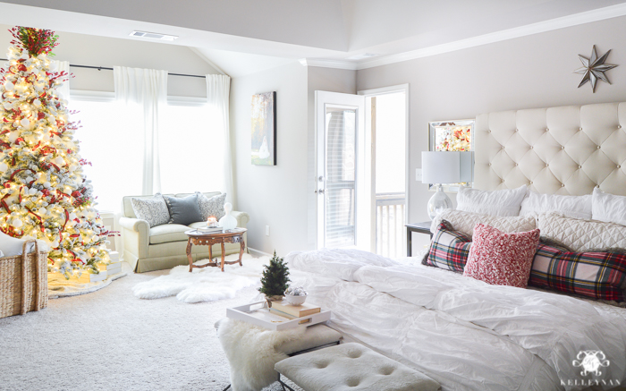 christmas-bedroom-with-plaid-and-christmas-tree