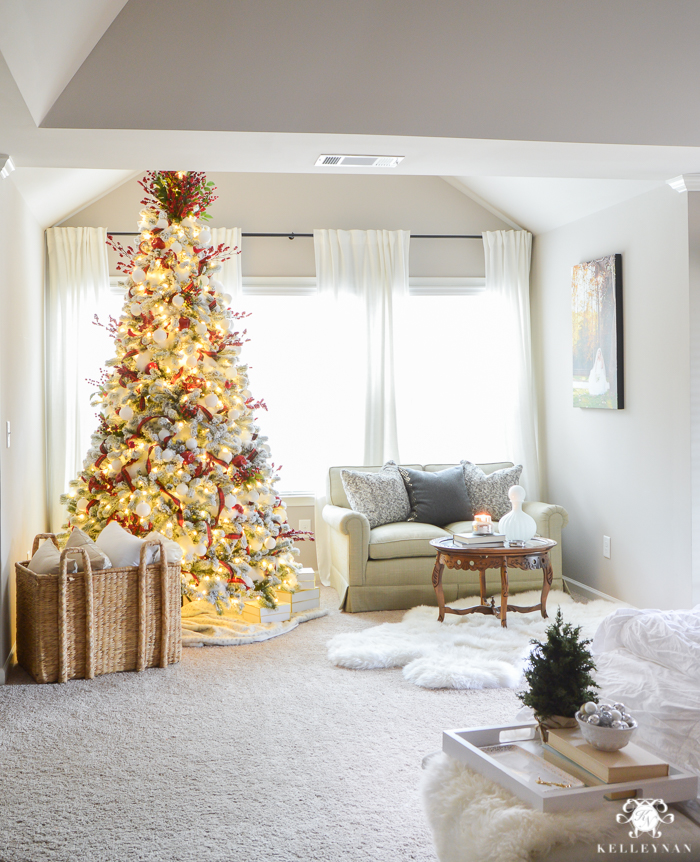 christmas-tree-in-sitting-area-of-bedroom