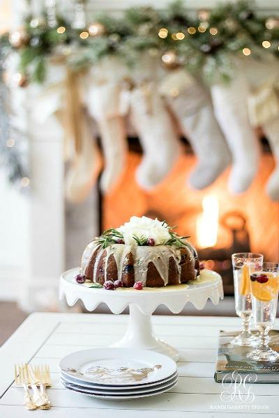 cranberry-bundt-cake-elegant-christmas-dessert