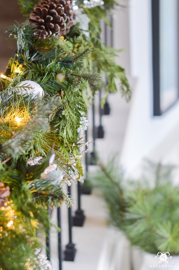 mixing-real-and-fake-fuax-christmas-garland