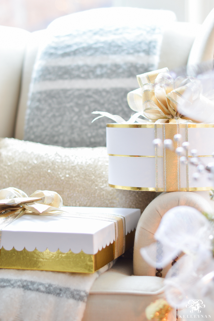 sugar-paper-wrapping-and-boxes-for-christmas