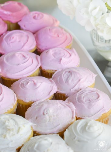 Simple Ombre Cupcakes with Canned Frosting