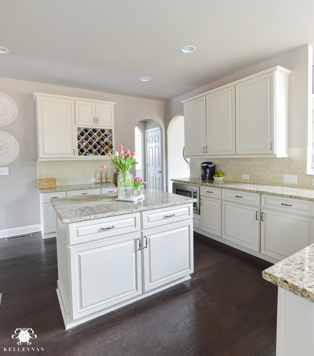 Shades of Summer Home Tour with Neutrals and Naturals-cream kitchen and giallo ornamental granite with perfect greige sherwin williams paint