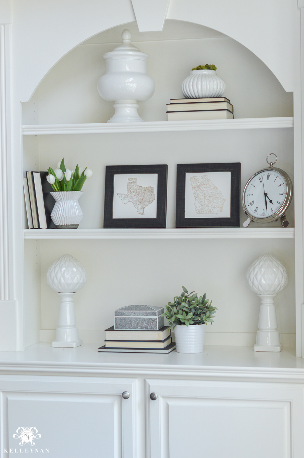 Shades of Summer Home Tour with Neutrals and Naturals- shelf styling