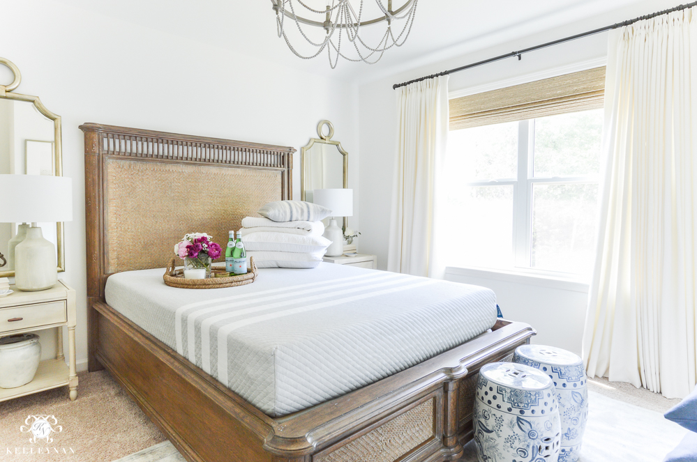 Guest Room Essentials- What every guest bedroom should have- leesa mattress