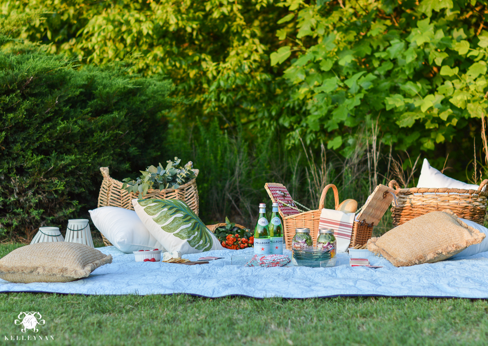 Picnic and Tailgate Ideas and Setup- pillows and blanket