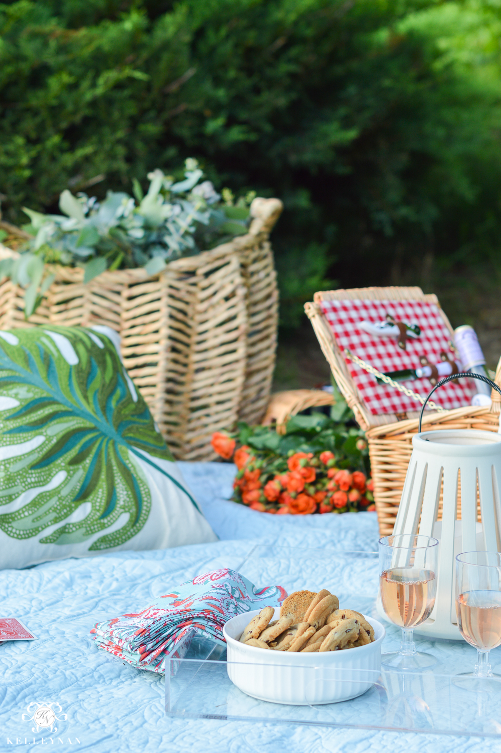 Picnic and Tailgate Ideas and Setup- trays with finger food
