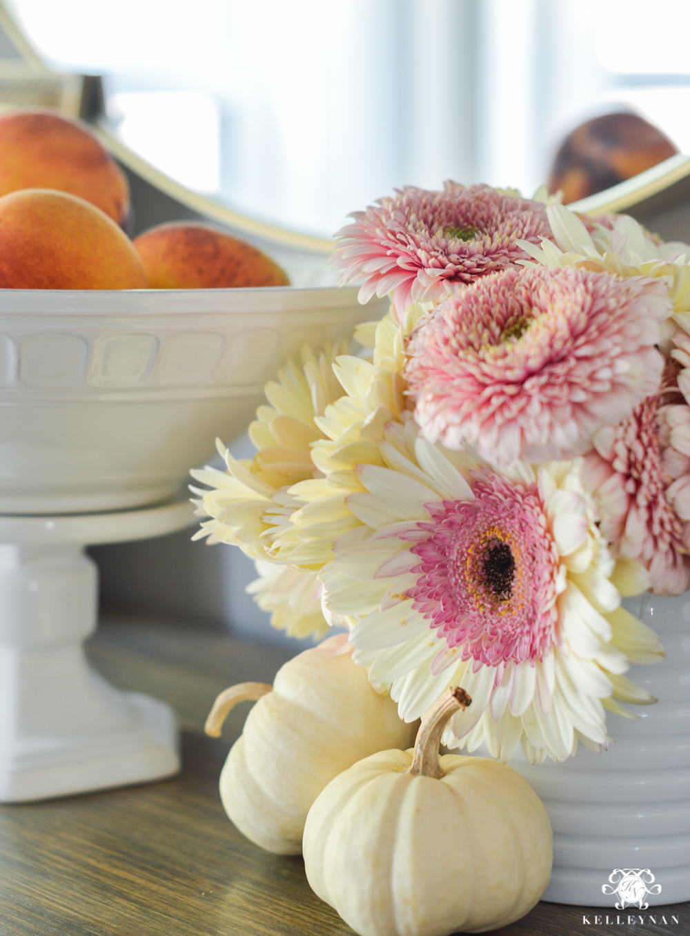 2017 Fall Home Tour with Yellow and Orange Leaves- pink and white fall floral arrangement
