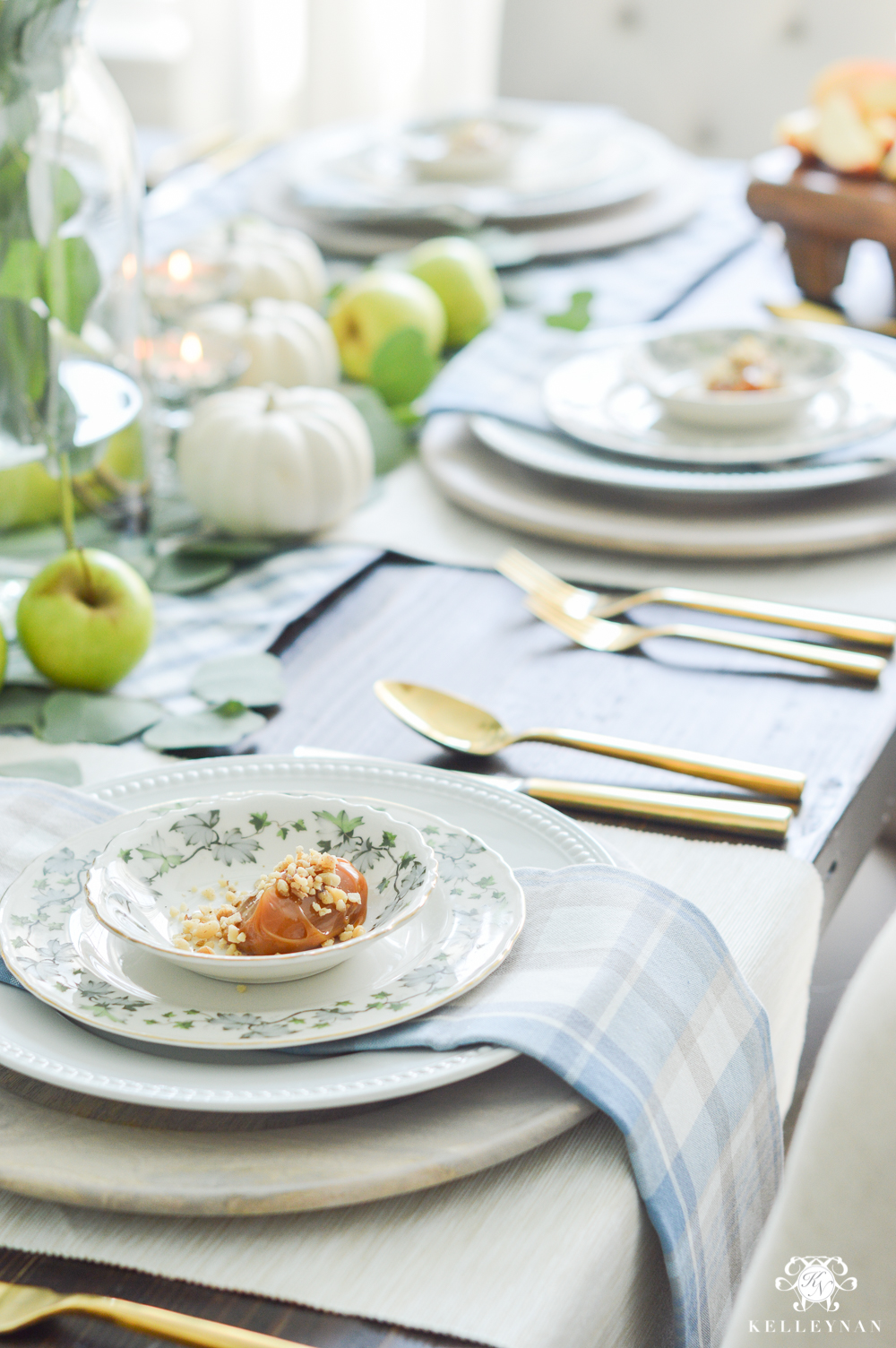 Fall Caramel Apple Table Place Setting Ideas- blue plaid napkins