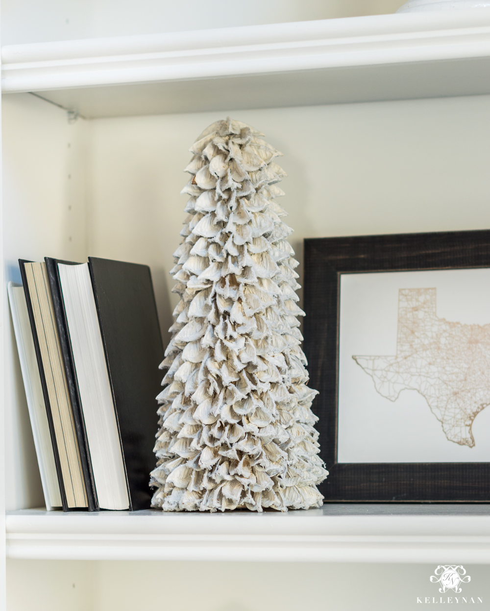 Shelf styling ideas for the holidays