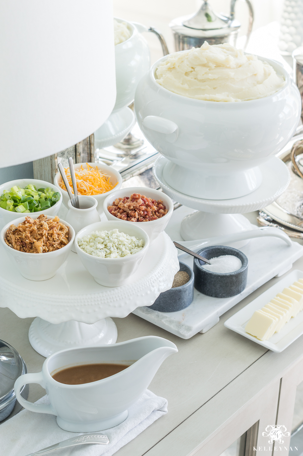 What to put on a mashed potato bar