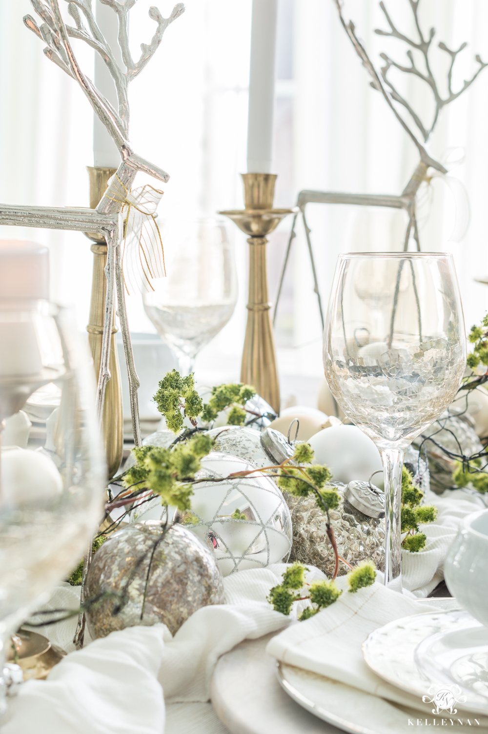 Christmas decorating ideas in the dining room