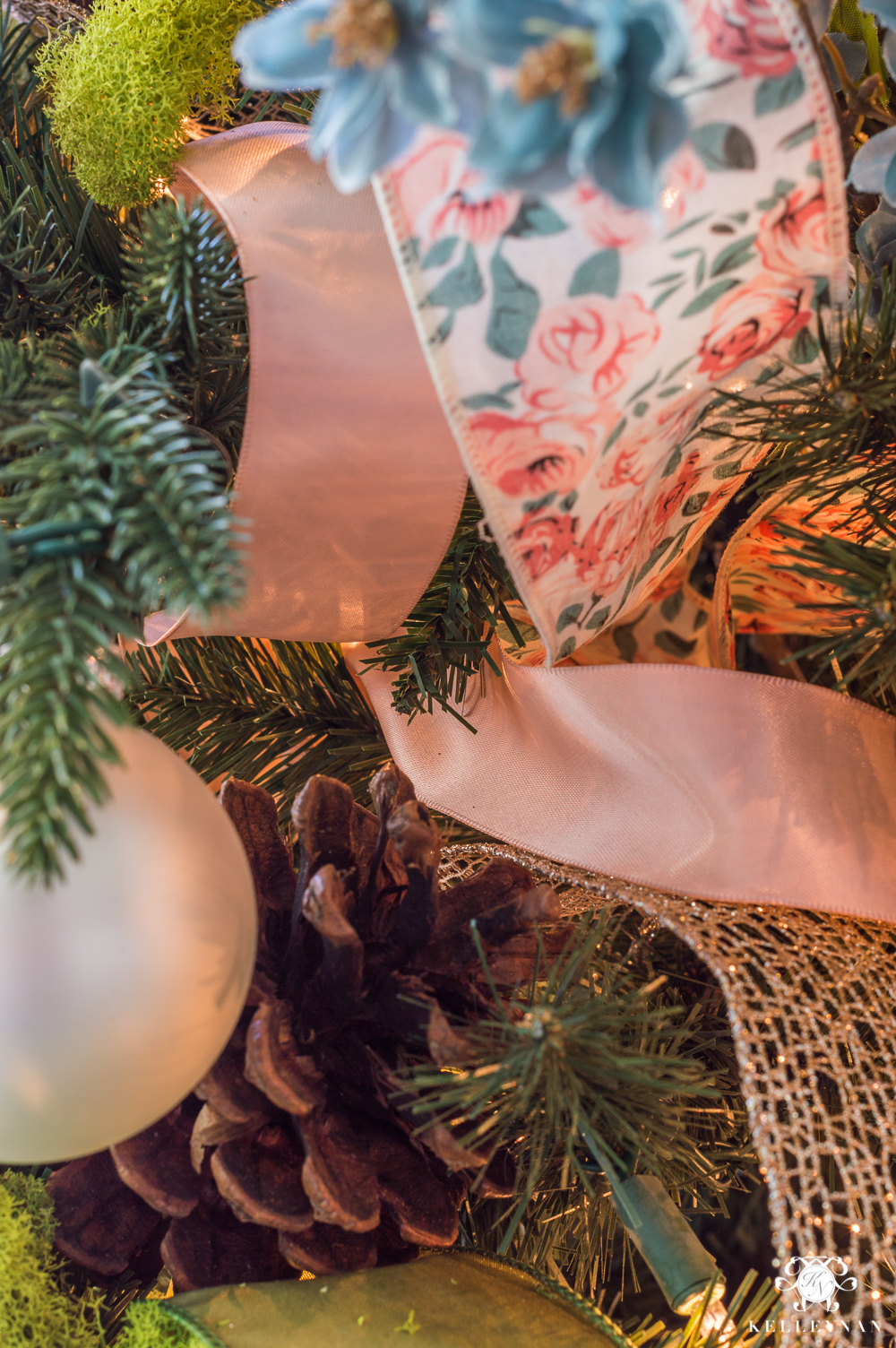 How to Decorate a Christmas Tree with Ribbon | Kelley Nan