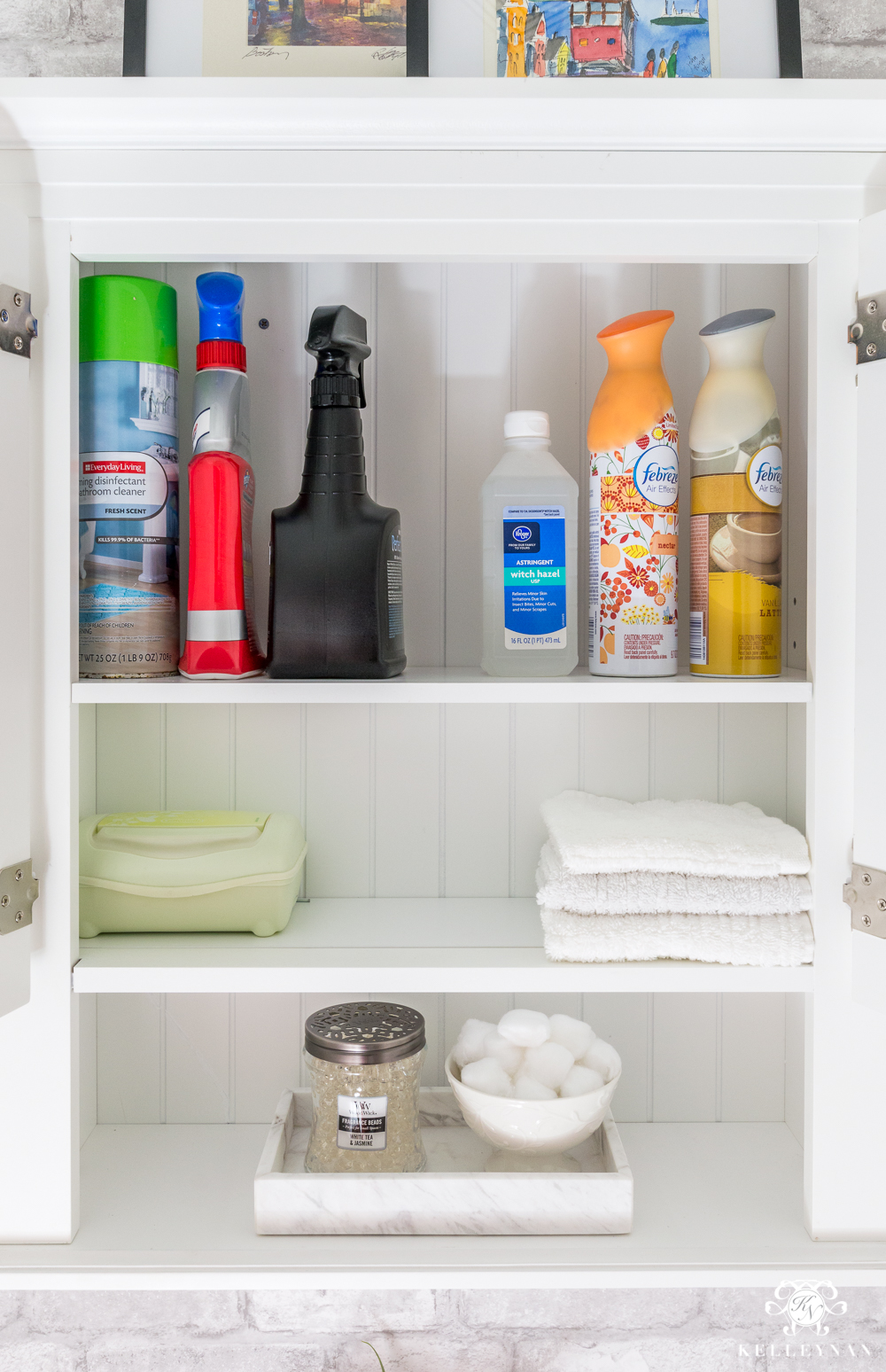 Bathroom Cabinet Storage Ideas in the Toilet Room