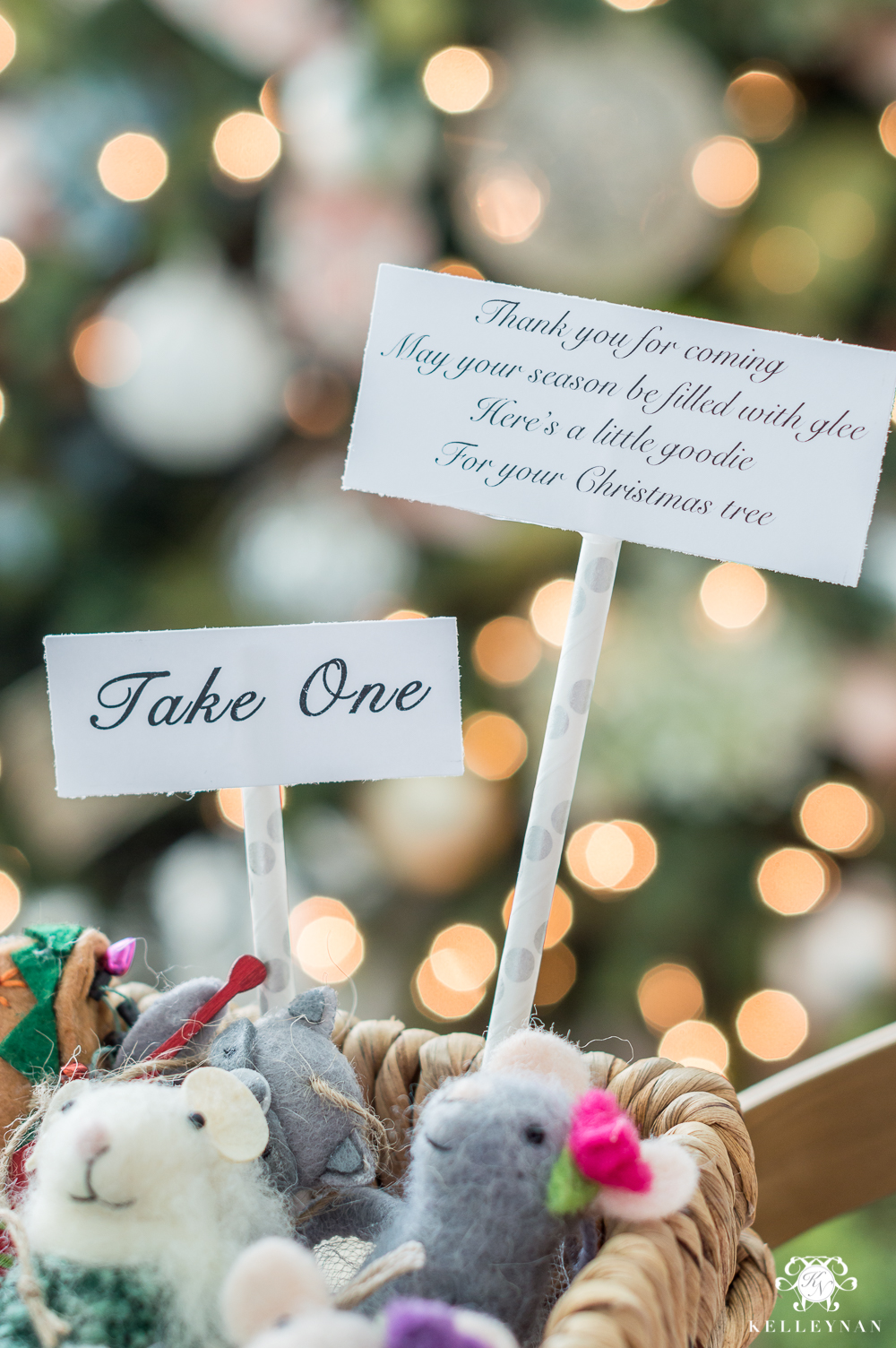 Holiday guest favor ideas with sayings