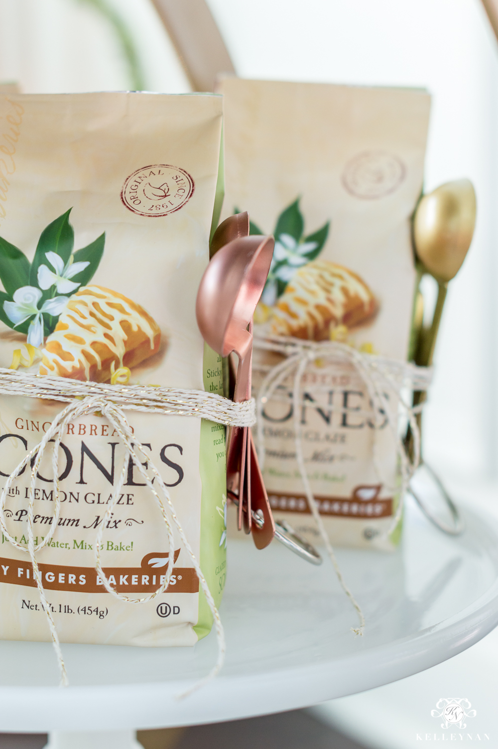 Scone mix with measuring spoons- neighbor gift ideas