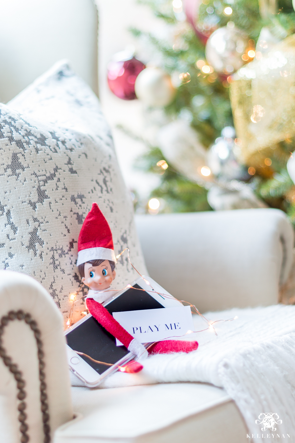 Adult Elf on the Shelf -- Fun couples tradition for Christmas