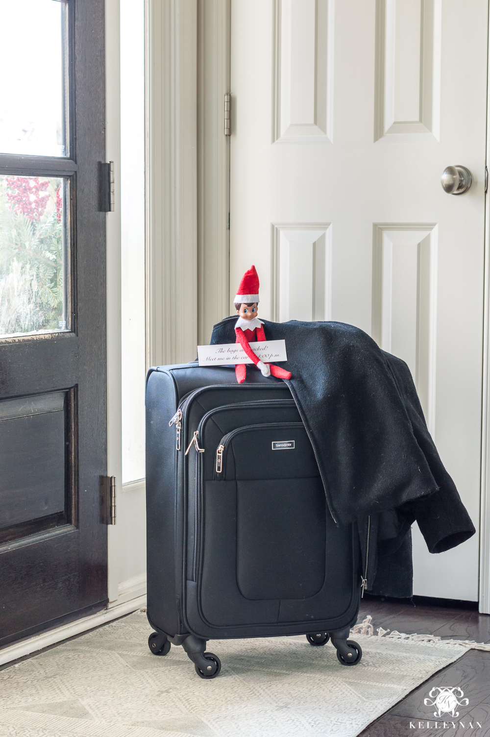 Original christmas ideas for your boyfriend or husband with elf on the shelf