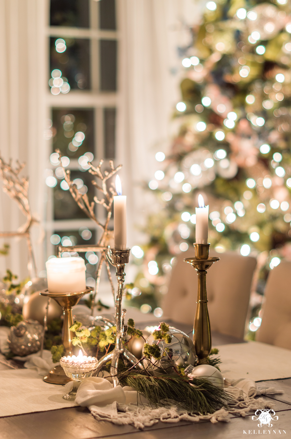 Christmas dining room centerpiece with candles