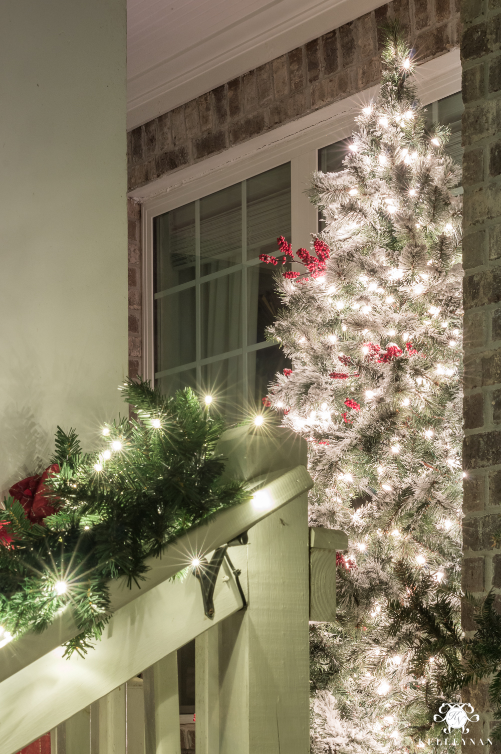 Front porch twinkling christmas tree