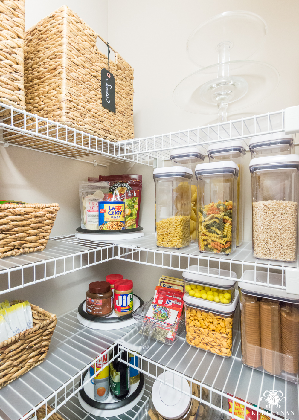 kitchen shelf ideas nine ideas to organize a small pantry with wire shelving 13782