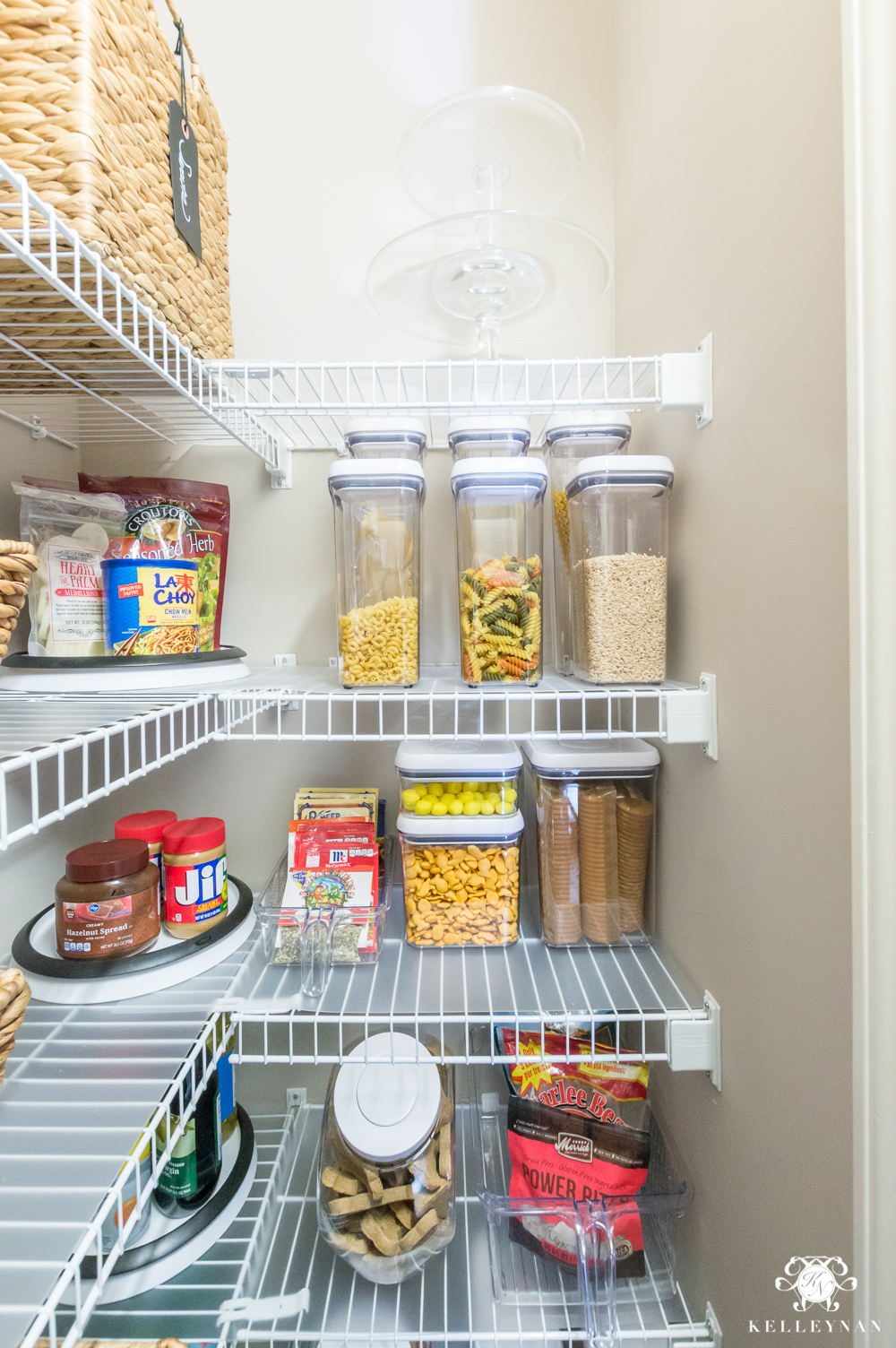Nine Ideas To Organize A Small Pantry With Wire Shelving