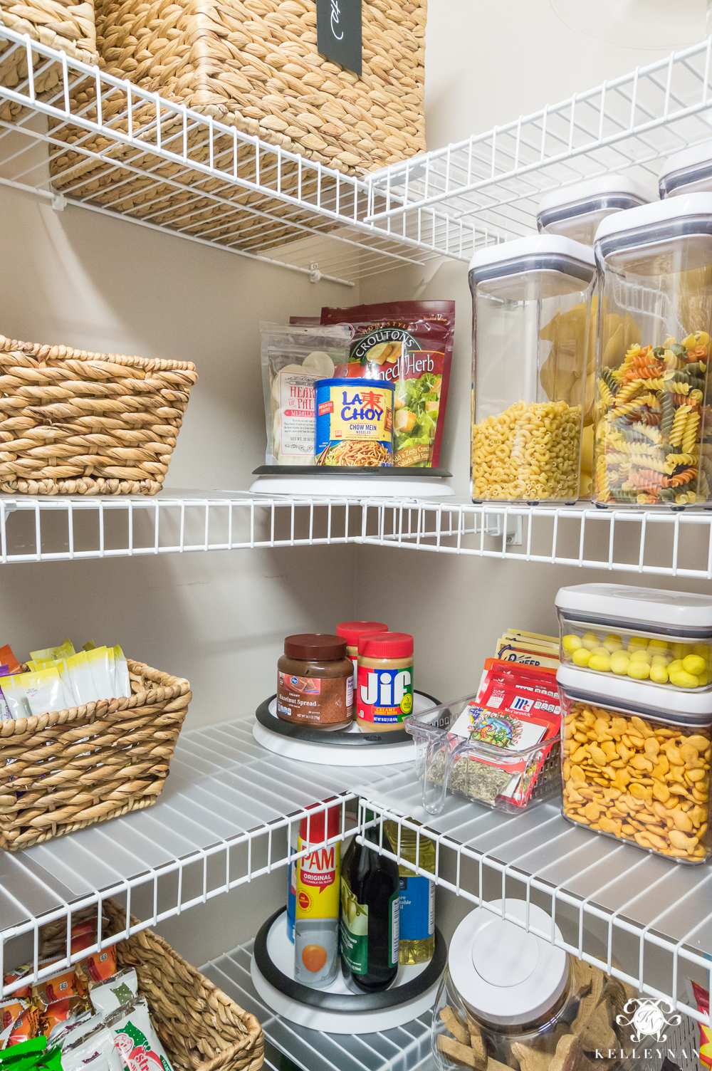 how to organize a pantry with wire shelving