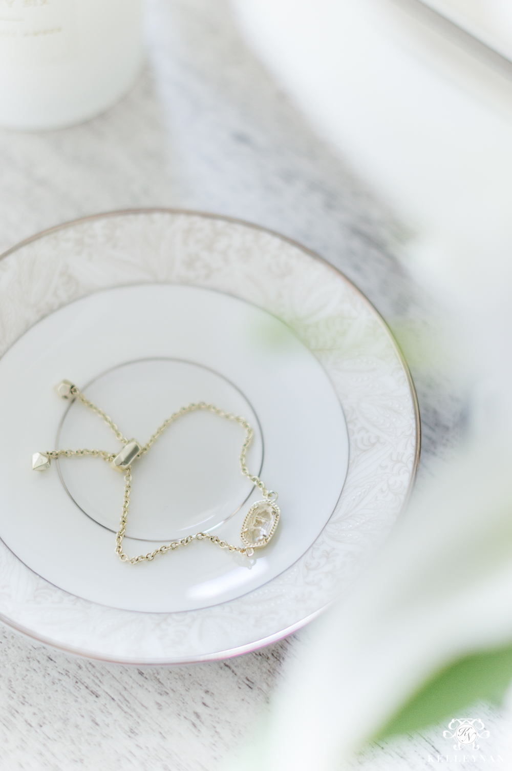 Dainty gold bracelet from Kendray Scott- Weekly favorites