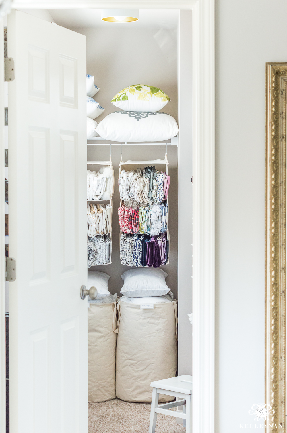 Throw pillow organization ideas in the closet