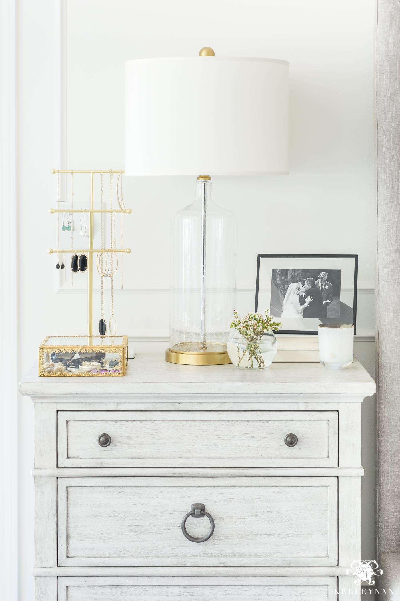 How to style a nightstand with jewelry and accessories