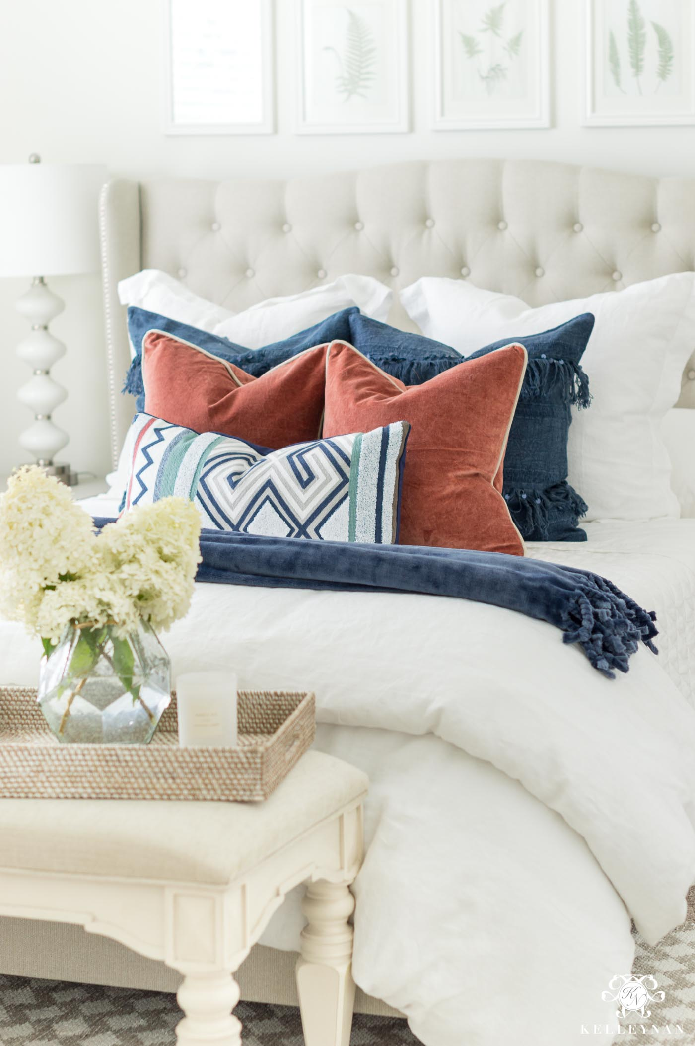 Mixing and matching pillows and patterns on best linen bedding