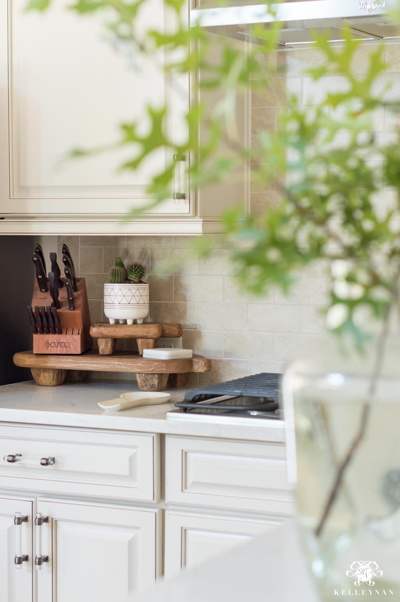 Easiest ways to update a kitchen